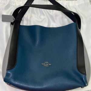 Coach Bags - Coach Hadley Hobo bag and wallet